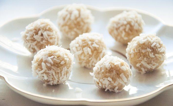 Кунжутно-кедрово-кокосовые конфеты